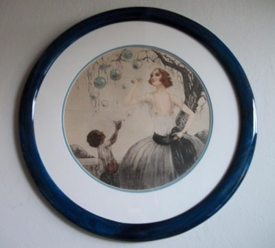 Round Picture Frame Stained Blue