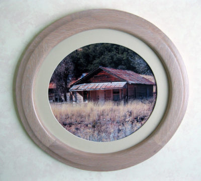 Oak Oval Picture Frame, Whitewashed.