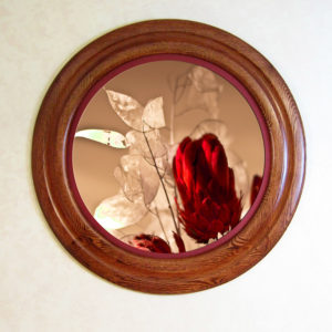 Oak Round Picture Frame, Stained Red