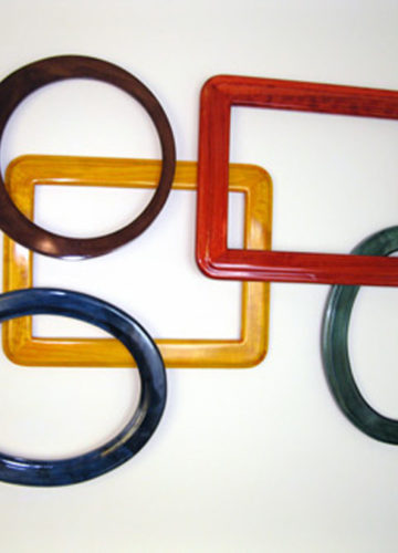 Oval and Round Frames in Vibrant Colors