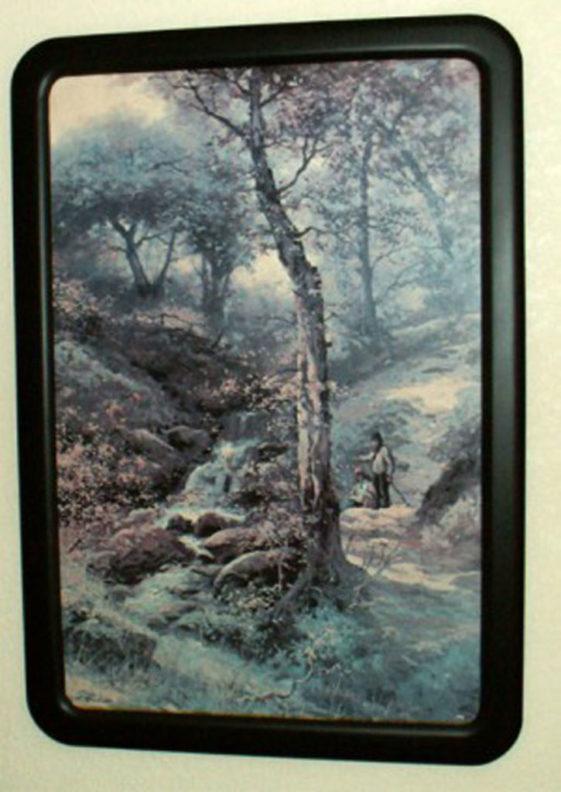 Round Cornered Frame Painted Satin Black
