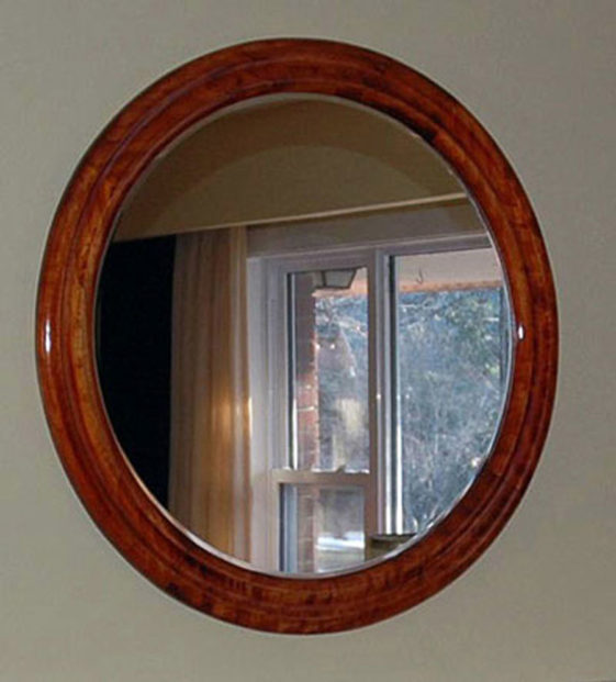 Round Mirror Frames made of Poplar Hardwood