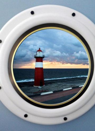 Round Nautical Picture Frame Made to Look Like a Ship Porthole