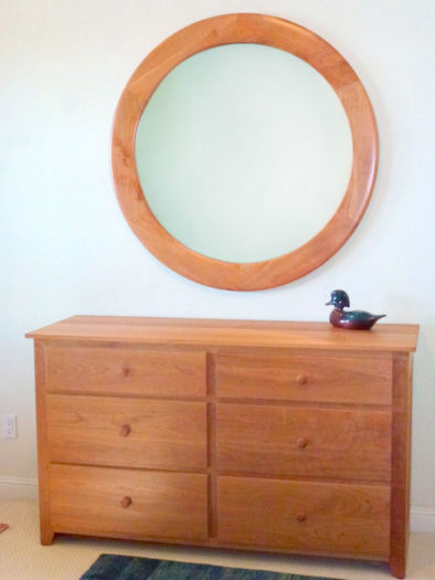 Round picture Frame For A Large Mirror