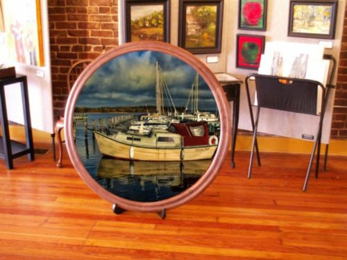 Walnut Round Picture Frame – Large